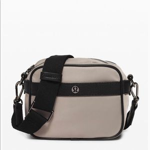 NWT Lululemon Now & Always Crossbody Mini Bag